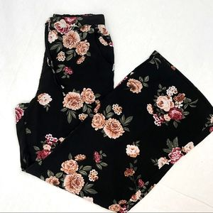 XHIL Floral Wide Leg Pull On Pant